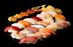 職人が握るお寿司をお腹いっぱいになるまでお楽しみください