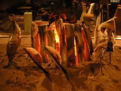 炭火で焼く 旬の魚の姿塩焼き!つくね!!カマ焼き!!!