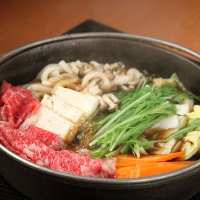 ☆すき焼き☆ 濃厚な中に野菜の旨み・肉の甘さを堪能…!