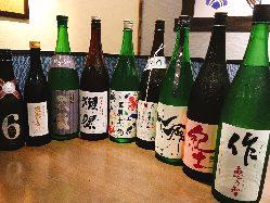 日本酒15種の他、芋や麦など焼酎19種と種類豊富にご用意!!