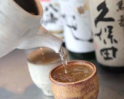 厳選した日本酒、焼酎、ご用意してます。カクテルも豊富です。