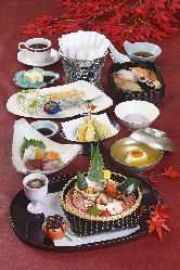 素材にこだわった和食の数々。