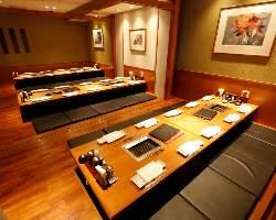 歓送迎会に最適! 最大14名様がお座り頂ける長テーブル有!