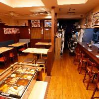 温かい雰囲気の店内では15名様までの少人数宴会が可能です