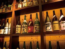 種類豊富な焼酎・日本酒も 料理に合わせてお選びください。