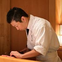 【カウンター席】 料理人と会話をしながら料理とお酒を堪能