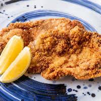 銘柄地酒・焼酎を取り揃え、お好きなお酒と過ごす素敵な時間