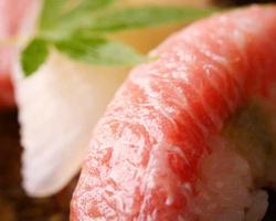 【仕入れ】大将が、市場で選び向いた鮮魚