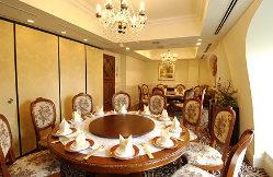 5階VIPルームは接待やお祝い事には 用途に合わせて個室を