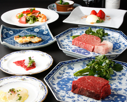 旬が味わえる前菜や魚料理、ステーキまで揃った知喜多ディナー