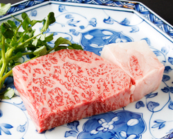 極上肉の贅沢な味わい・・・