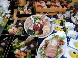 料理が美味しいと評判のコースは、飲み放題付で超お得。