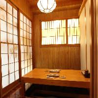 2階【個室】お二人でご利用いただける個室は人気の為ご予約を。