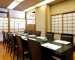 [テーブル席] 和花が迎える個室は10~12名様迄でご会合にも