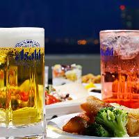 常時40種類以上のお料理と豊富なドリンクが食べ飲み放題のプラン