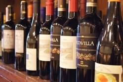 ワインは常時50種類
