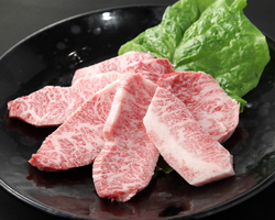 【大トロカルビ】カルビの中でも濃厚な味わいをご賞味下さい