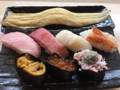 回転寿司でありながら本格的な絶品セットメニュー多数あります。