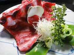 鮪の骨付き中落ち 蛤の殻でかくのが美味しいのです
