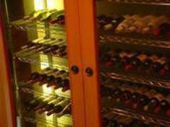 ワインは全てフランス産です ご相談ください。四千円代~