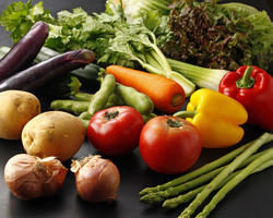 季節の野菜を使用した もちもち生パスタ♪