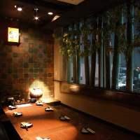 浅草寺を望む宴会個室が充実しています。