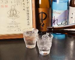 利き酒師が厳選した自慢の日本酒。 お料理とも相性抜群!!