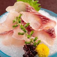 「鯉あらい」など河魚料理もぜひご堪能ください。