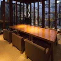 ガラス張りの個室(大人4~8名様)
