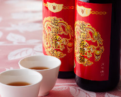 スッキリとした味わいの紹興酒と本格中華料理のペアリングを堪能