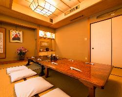 3階のお座敷個室はご接待や会食などのもてなしの時間にどうぞ。