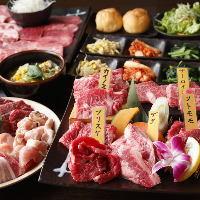 【単 品】 肉寿司や自家製ユッケなど、焼肉以外も充実