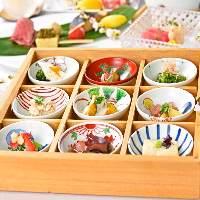 お料理のコースは3,600円~。(写真は5,500円)