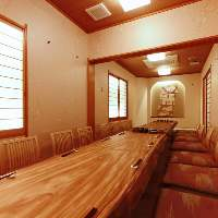 個性が異なる個室は2名~最大20 名様迄。宴会や接待に最適。