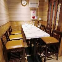 飲み会・ご宴会に! 3~6名様のテーブル席でお楽しみ下さい♪