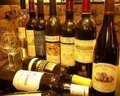 お客様のお好みに合わせたワインをソムリエが厳選!