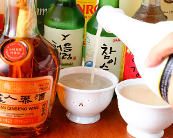 伝統ある韓国酒をご用意、料理との相性はもちろん◎