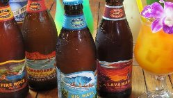 ハワイの定番コナビールや華やかなアロハカクテルなど各種ご用意