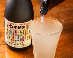 木鉢会の加盟店でしか飲めないそば焼酎をご堪能いただけます。