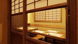 [掘りごたつ個室] 店内奥にお忍び感溢れる個室を完備(5~8名様)