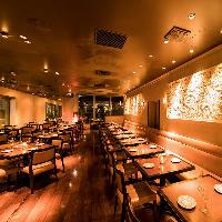 大人数での宴会はお店を貸し切って丸ごとプライベート空間に。