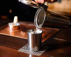 香りと味を活かす銅板の酒燗器 錫のちろりでお好みの温度に。
