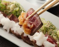 ◇料理人厳選のA5ランク山形牛炙り焼き!とろける味わいを堪能