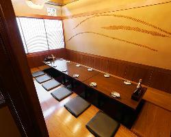 10名様用お座敷席は複数のテーブルをつなげて45名用個室に!