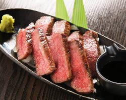 淡路島の大造畜産が誇る極上の淡路牛。 赤身が美味い!!