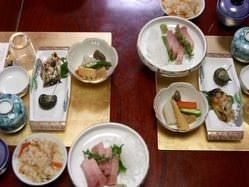 慶事、法事も四季に合わせた和食のコースです