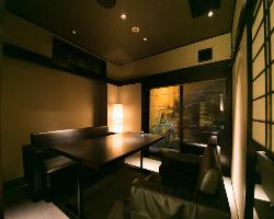 ビジネスシーンはもちろん デートにも最適な個室空間