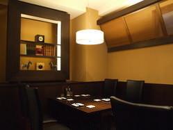 落ち着いた雰囲気の中、お食事もお喋りも進みます