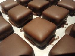 ゆったりしたソファー席は お連れの方にも喜んで頂けるはず