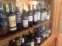 飲みやすい白ワインのサングリアは女性必見です。
